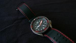 Seiko SKX007 Mod in red